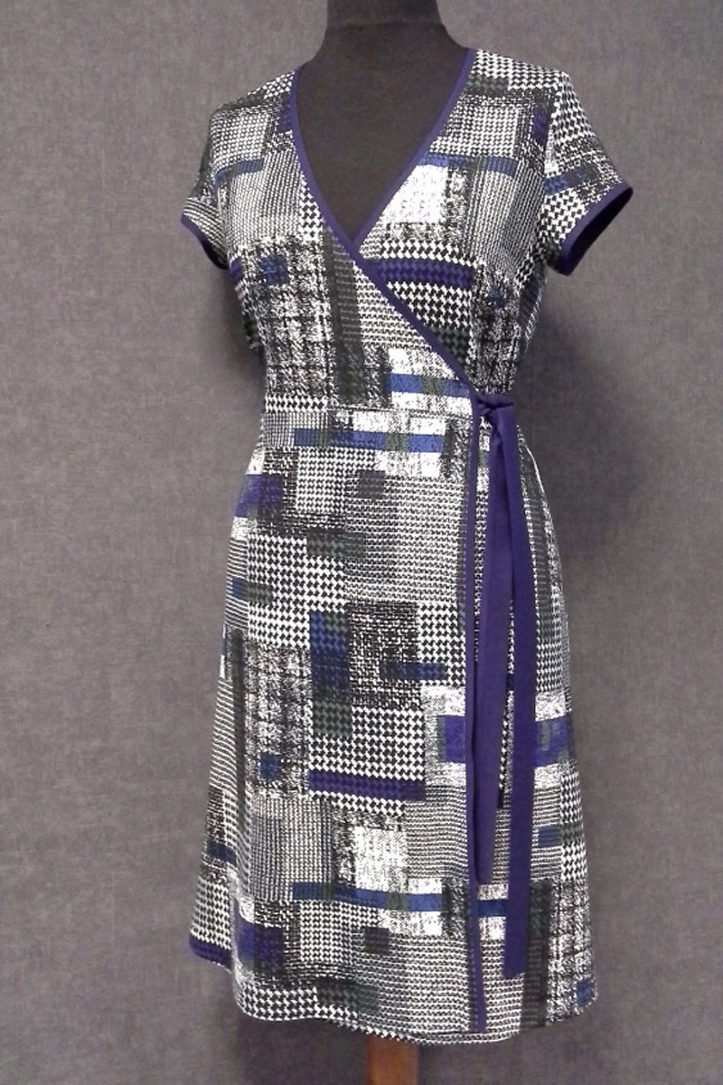 Zavinovací šaty